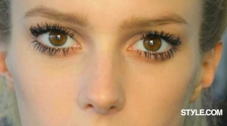 Spider Lashes Beauty Trend